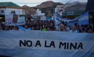 No A la Mina 2013